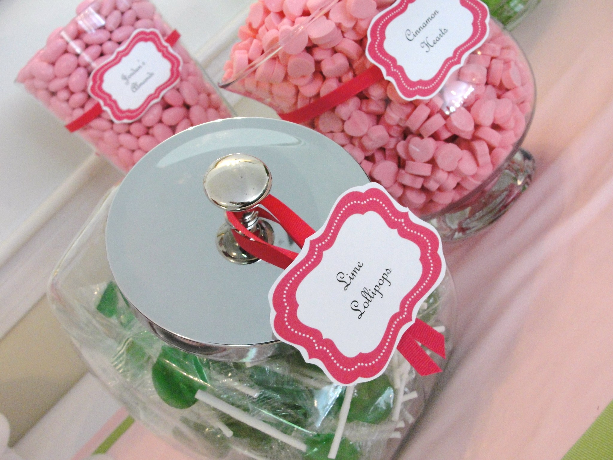 Nothing Bakes Like a Parrott: Wedding Favors